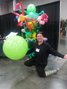 portland_auto_show_balloon_twisting
