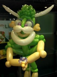 green-man-balloon-twister
